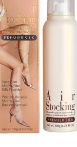 Silonky ve spreji jsou v lahvičce spreje bílé barvy s bílým víčkem. Na láhvi jen jednoduchý název Airstocking Premier Legs. Vedle lahvičky je papírový obal této lahve spreje. Na něm jsou zobrazeny krásné dámské nohy ve stříbrných střevících.