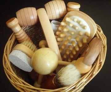 Dřevěná masážní podložka na nohy recenze